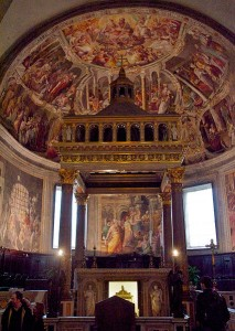 Frescoes altar St. Peter in Chains Basilica Rome church -- Taken by Luca Volpi (Goldmund100)