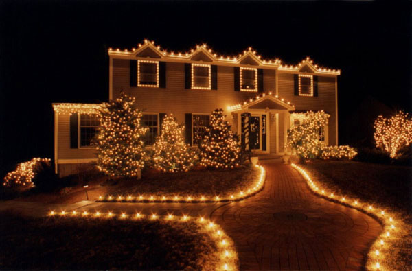 Christmas lights on house | Catholic Lane