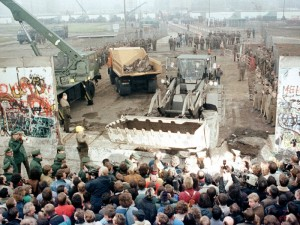 Demolishing Berlin Wall, November 12, 1989