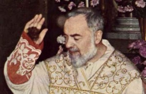 St._Padre_Pio Stigmata[1]