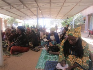 Mass in an improvised setting in Niger; ACN photo