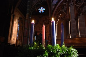 20 Ways to a Holy Christmas Through Advent