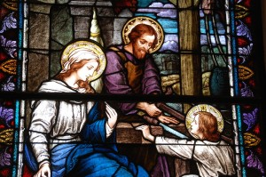 Breaking Open the Word at Home: Feast of the Holy Family of Jesus, Mary and Joseph