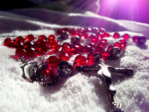 red-rosary